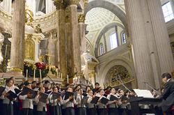 En la puesta en escena de Carmen participan los coros de la BUAP