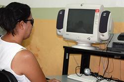 La BUAP capacita a invidentes en tecnologías de la información