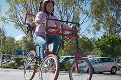 En la BUAP crean vehículo de tres ruedas para tomar curvas y giros a ritmos que las bicicletas sólo pueden soñar
